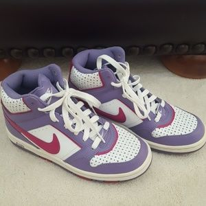 Nike Sneakers (Never Worn)